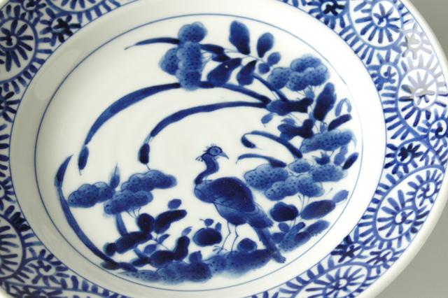 【美濃焼】 染付花鳥たこ唐草8寸丸皿