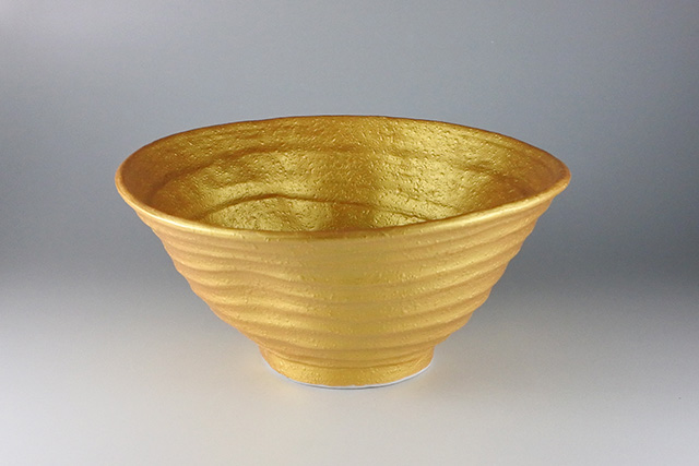 【美濃焼】ゴールド釉変形7.0丼 21cm×20.5cm×高さ9.8cm
