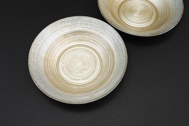 和食にも面白い!キラキラなガラス鉢