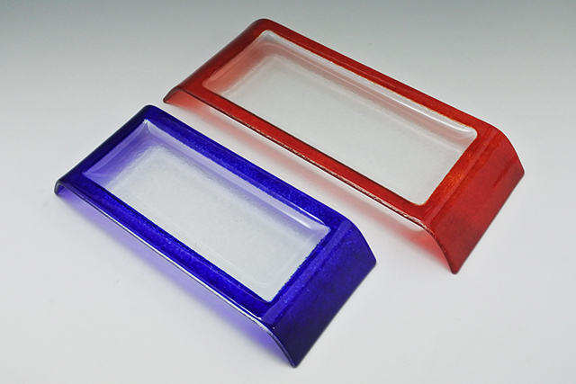 インパクト大!ガラスのブリッジプレート