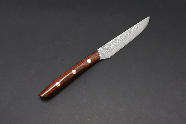 佐治さんの31層ダマスカスステーキナイフ
